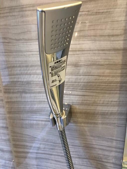 住友林業の標準シャワーヘッドはTOTOエアインシャワー