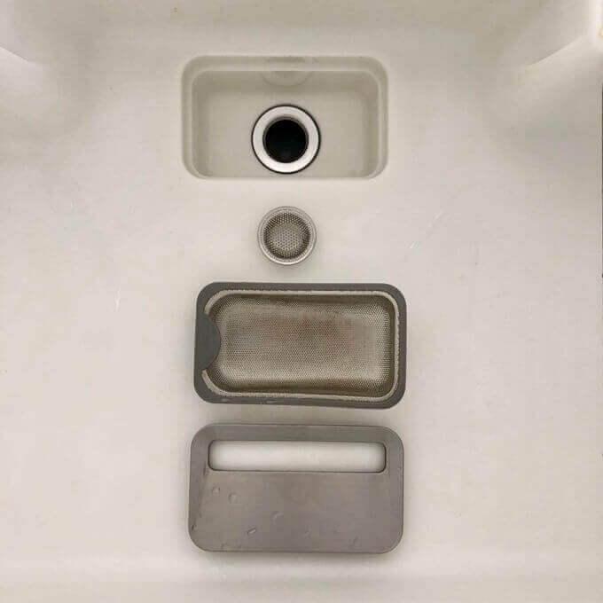 シンクの排水口は二重構造