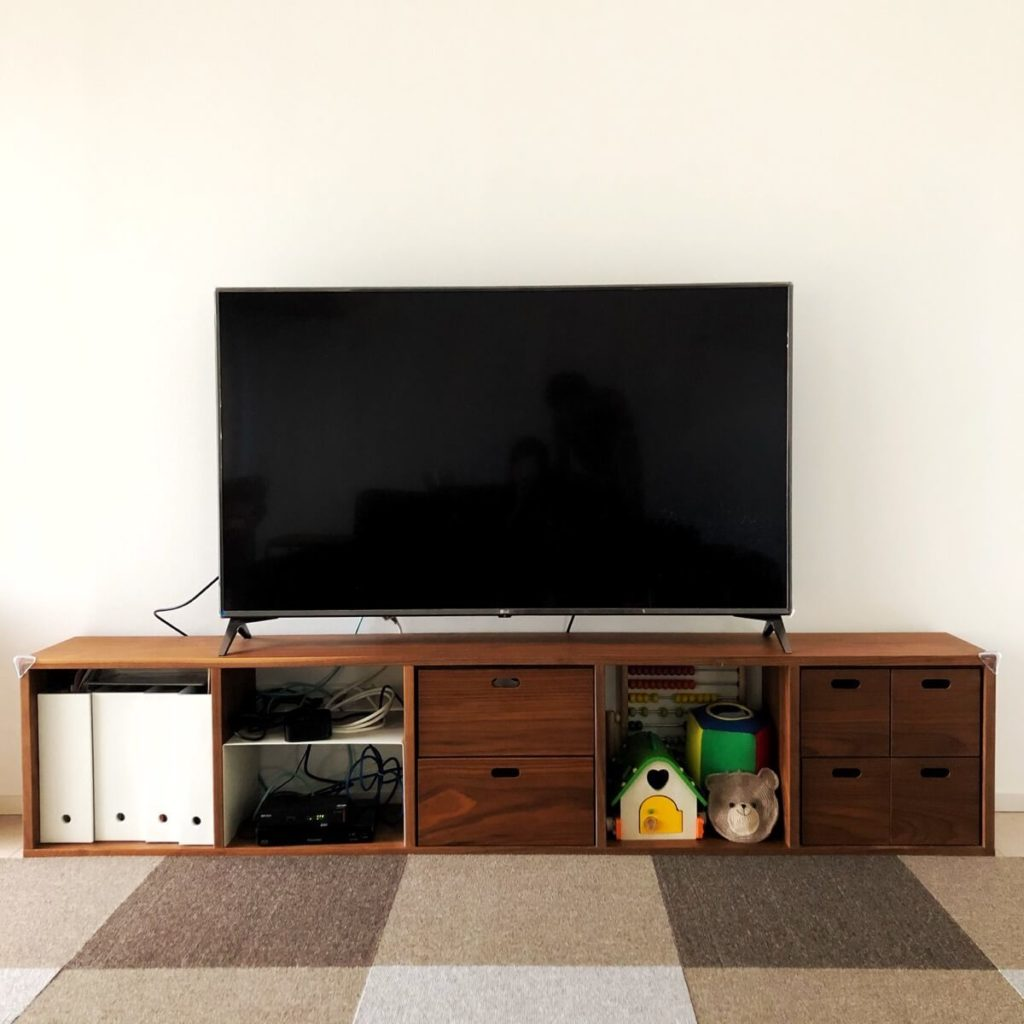 テレビは55型